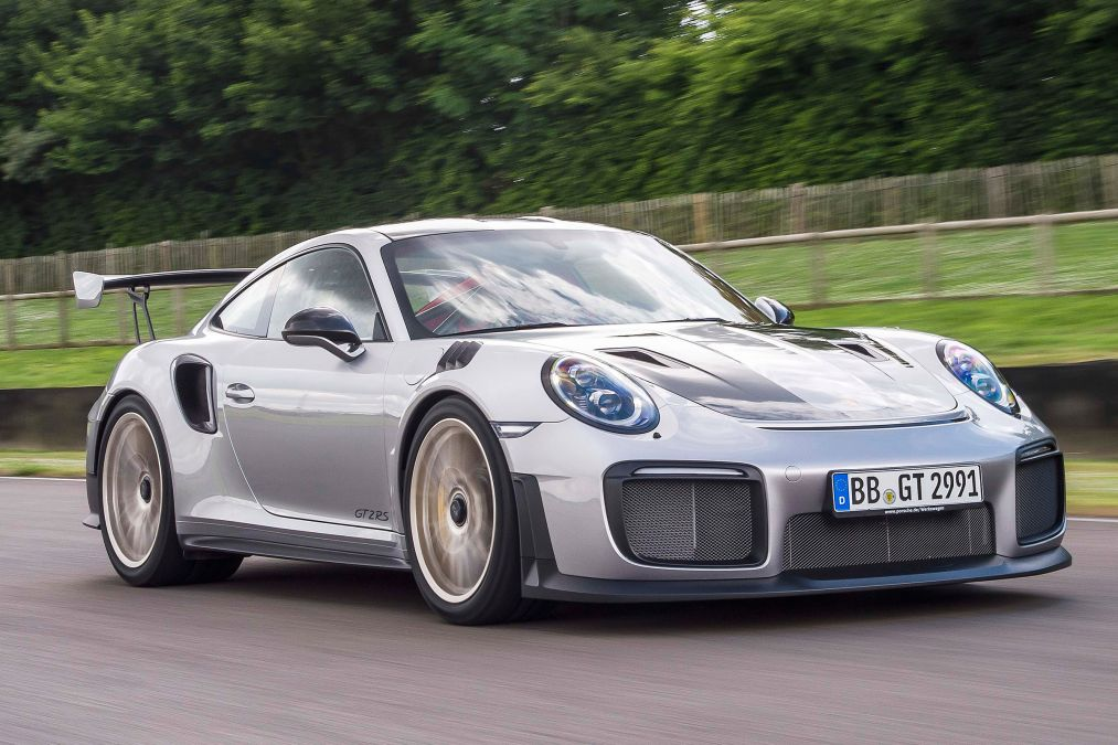 Porsche 911 Gt2 Rs Revealed In Full Glory Oracle Finance