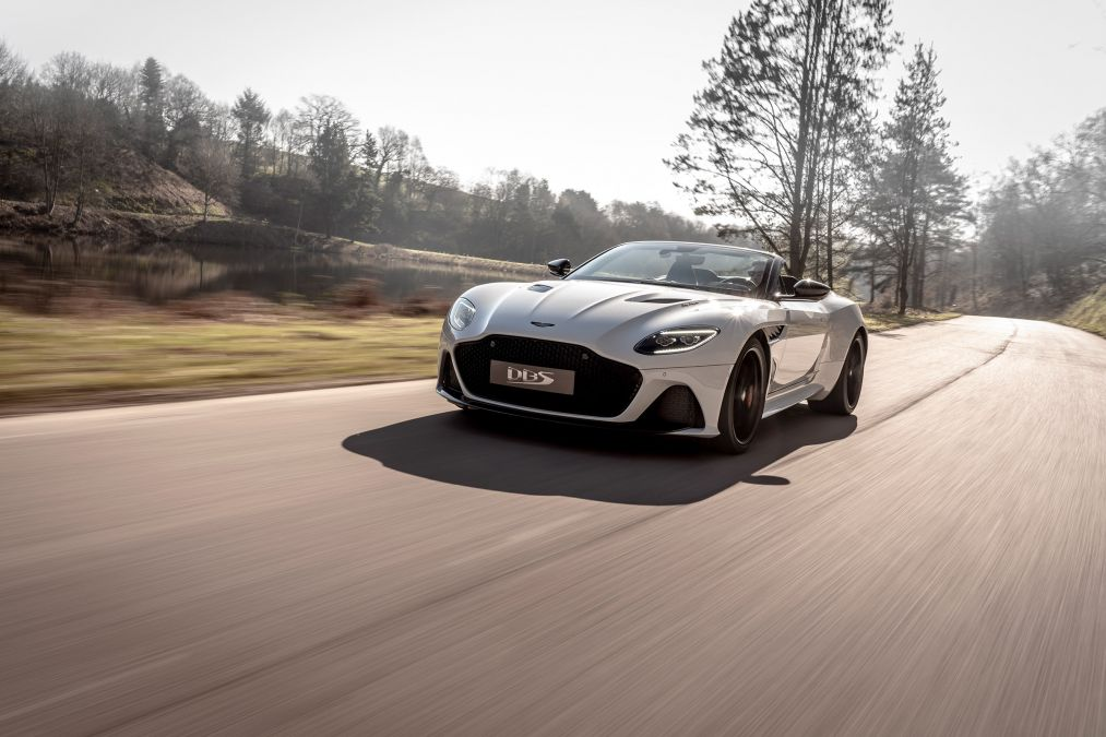Aston Martin reveal DBS Superleggera Volante