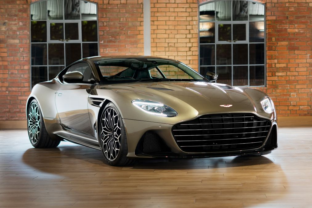 Aston Martin reveal 007 DBS Superleggera