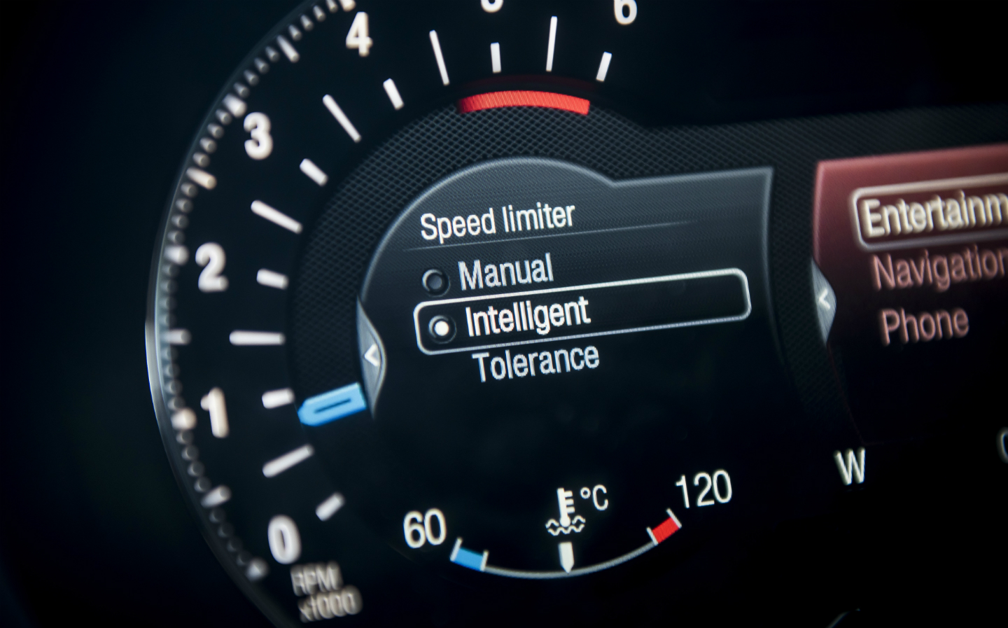Speeding shutdown – Speed limiters to be mandatory in the UK