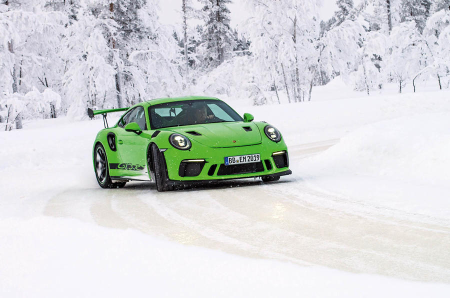 Oracle's Top Cars To Drive In The Snow